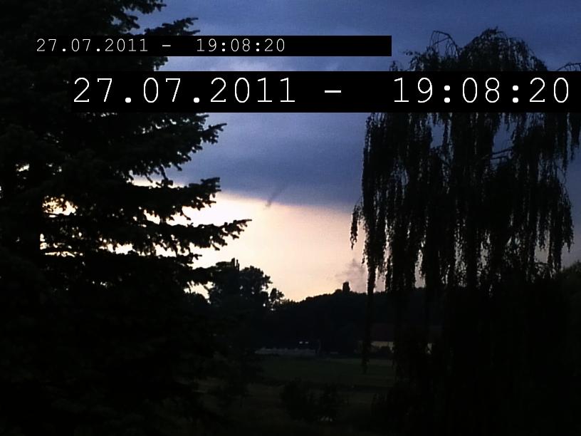 http://www.smithsonian1974.net/Gallerie/Wetter/Funnel/IMG006b.jpg